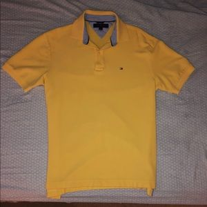 Tommy Hilfiger collared T
